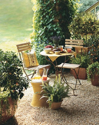Intimate outdoor setting